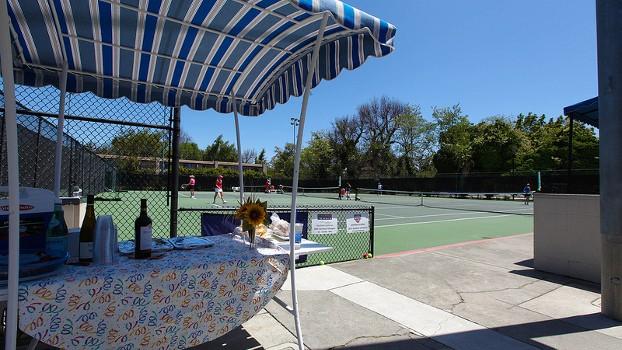 adult-tennis-teams-clinics-lessons
