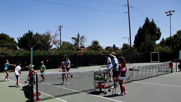 children-tennis-lessons