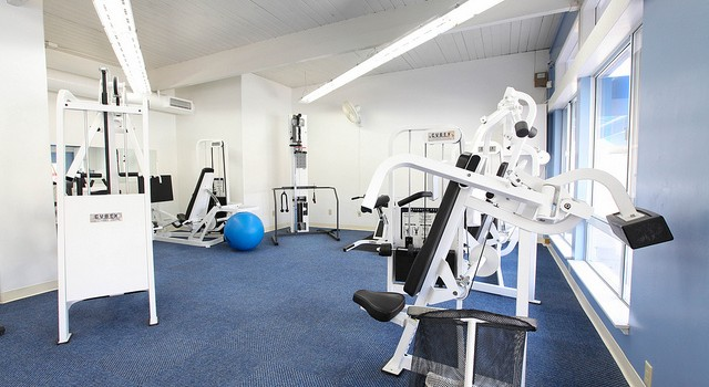 workout-room-fitness